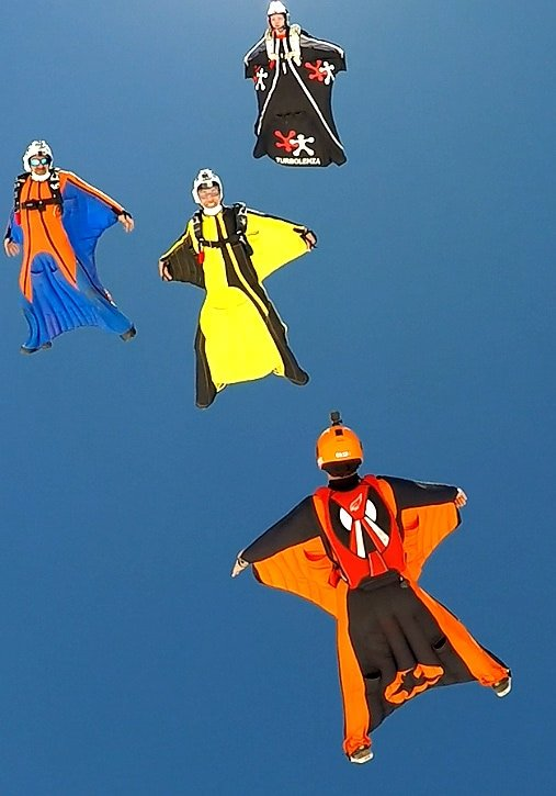 Wingsuit FlyBrothers Club Escola 04
