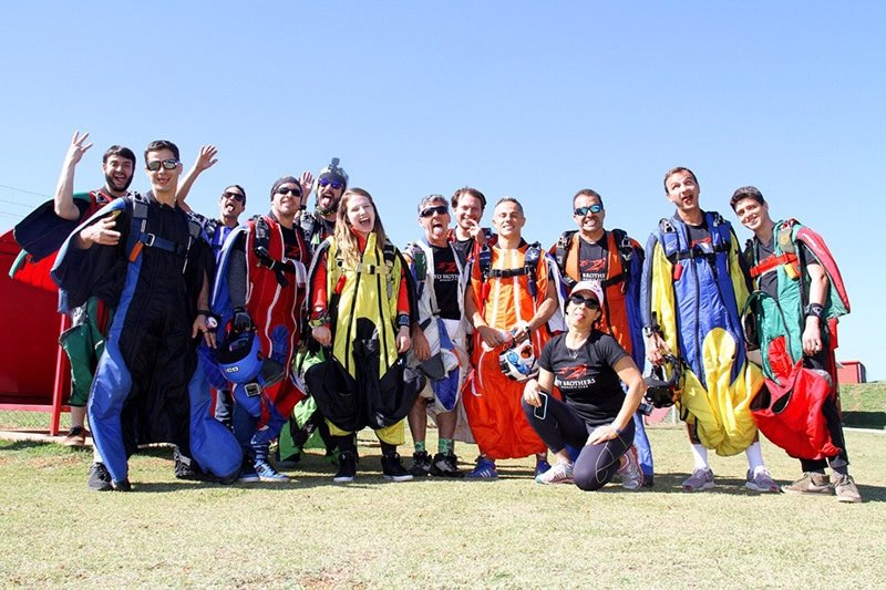 Wingsuit Club FlyBrothers Escola 27